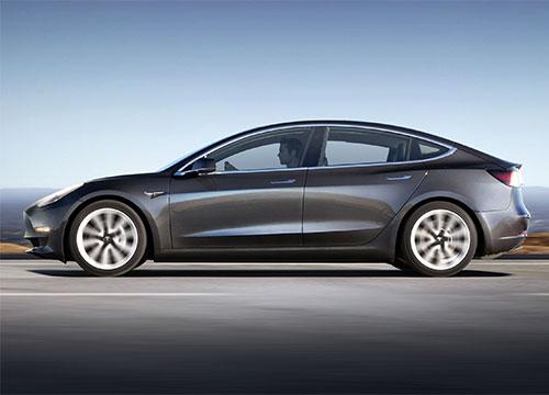Tesla godkjent verksted